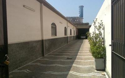 Vialetto ingresso garage e deposito DellAnnO Napoli