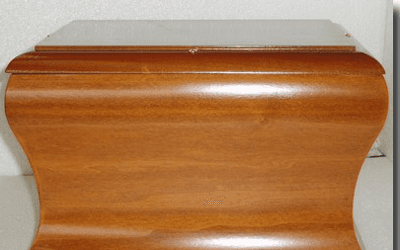 Urna in legno massello