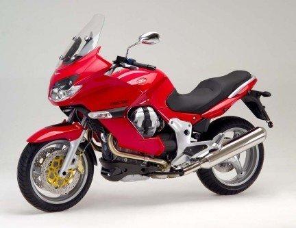 Una moto rossa