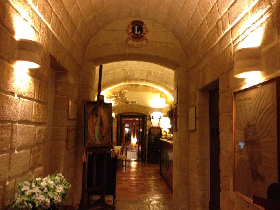 ingresso villa torre caracciolo