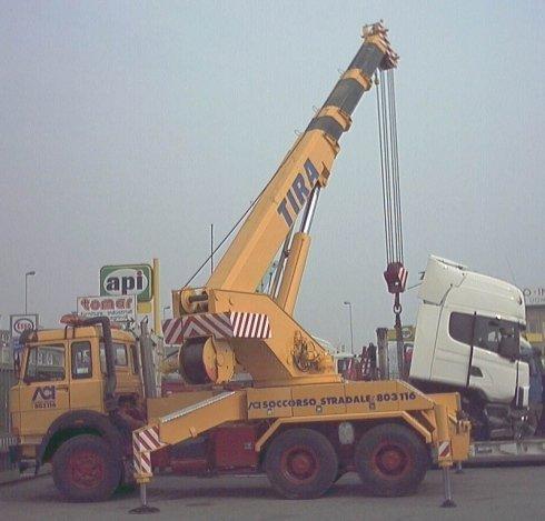 soccorso stradale mezzi pesanti, traino camion, recupero mezzi pesanti