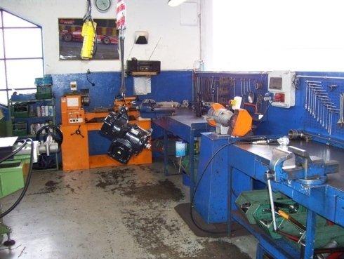 assistenza veicoli pesanti, controllo pezzi veicoli, riparazione veicoli industriali