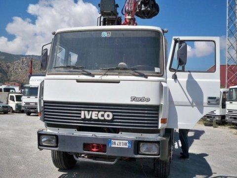 IVECO 190.26 SCARRABILE E GRU POLIPO