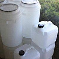 acrilix plastics liquid containers