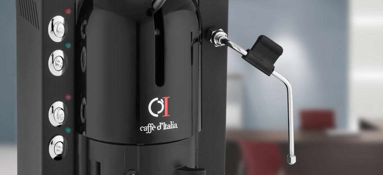 macchina caffè nera a marchio EVA