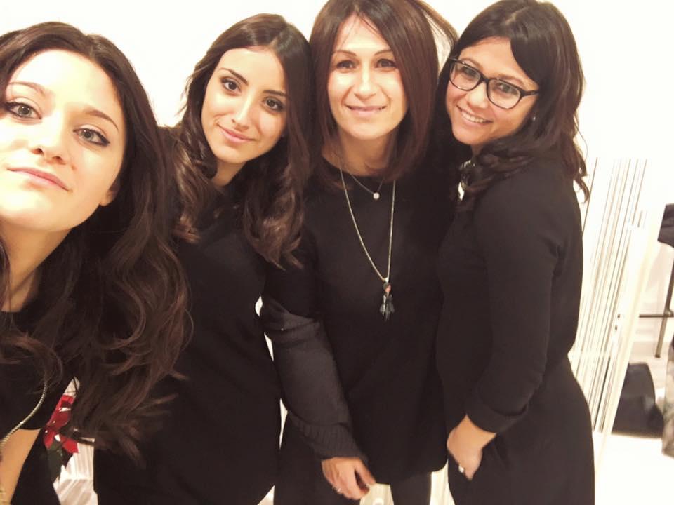 Il team della Parrucchiera Paola C. Capelli E Mani a Faenza
