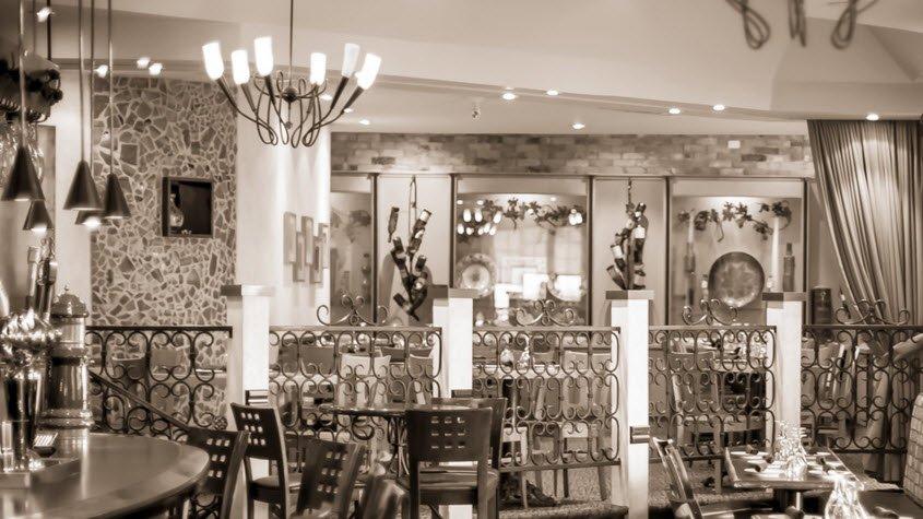 Hamilton, Ontario fine dining at La Cantina