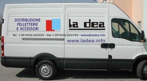 adesivi per veicoli