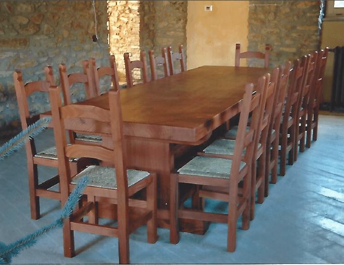 tavolo in sequoia con sedie