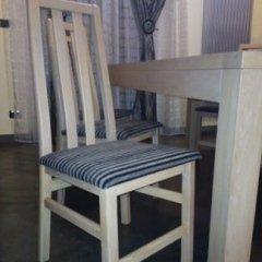 sedie bianche
