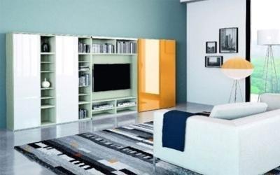 parete attrezzata zona giorno bianco e giallo