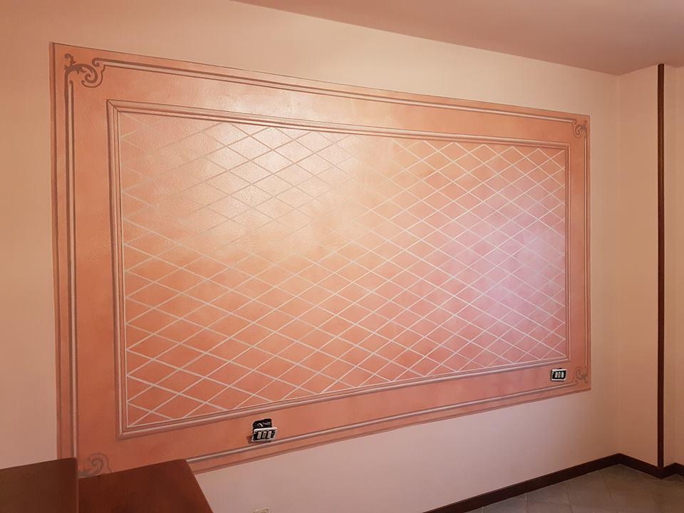un alloggio di un quadro dipinto di rosa