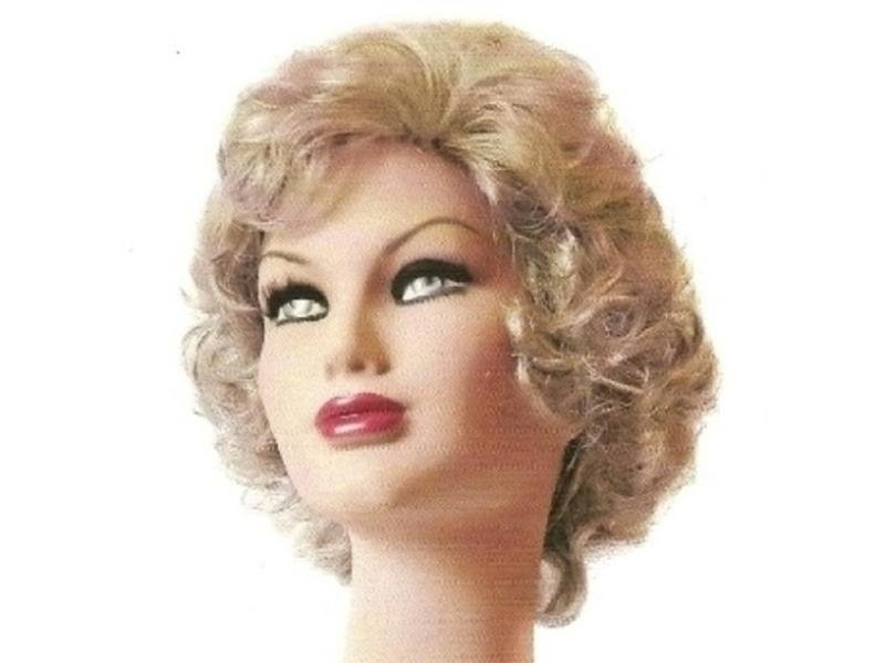 Modello Lisa Brigid