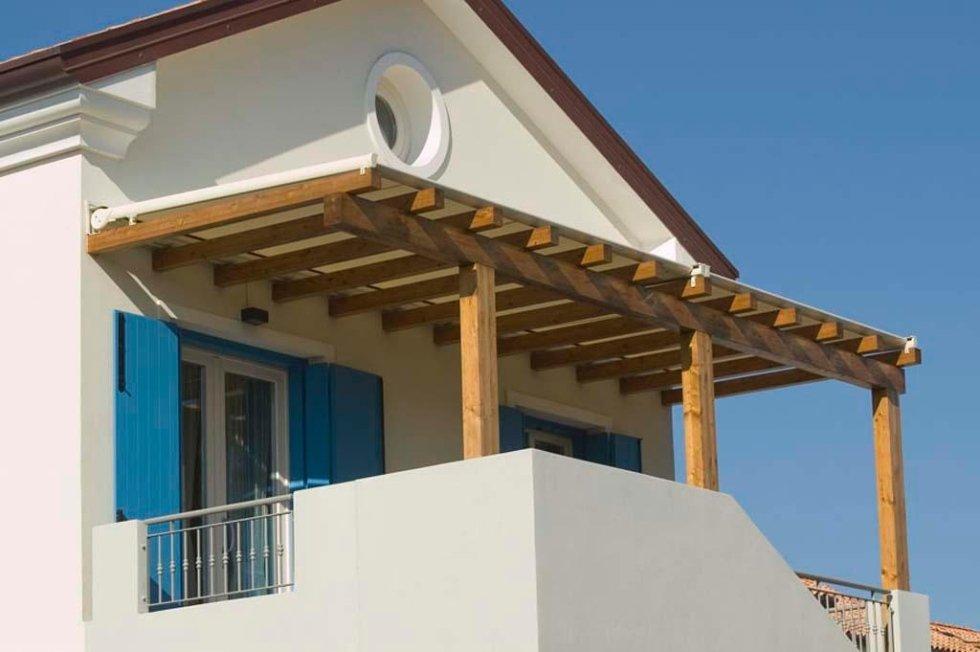 coperture in legno per balconi Pisa