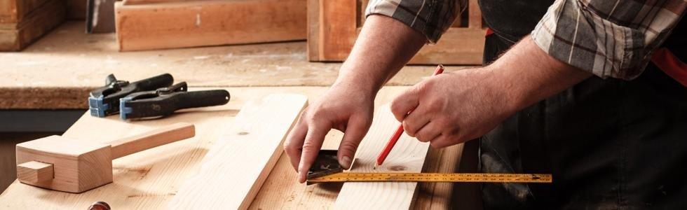 Infissi e serramenti in legno su misura