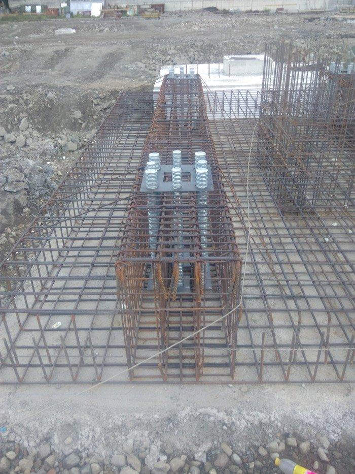 costruzione di una struttura in cemento armato