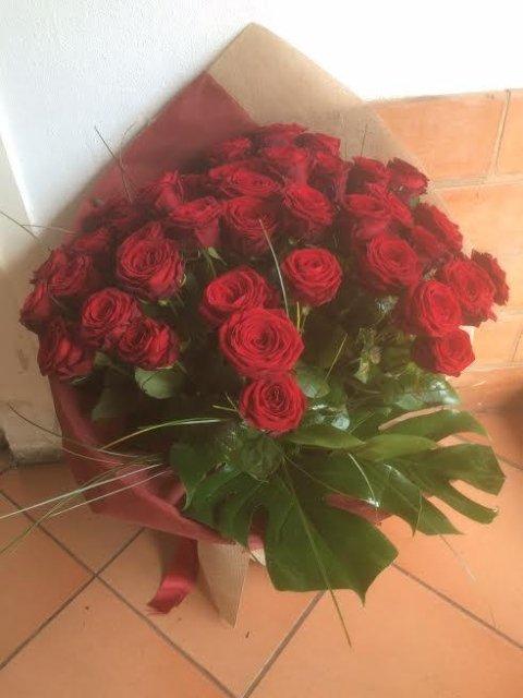 Mazzo 50 Rose Rosse