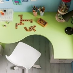 scrivania sagomata