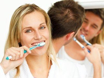 pulizia e igiene dei denti