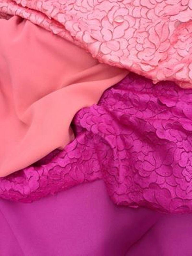 Tessuto petali in vari colori
