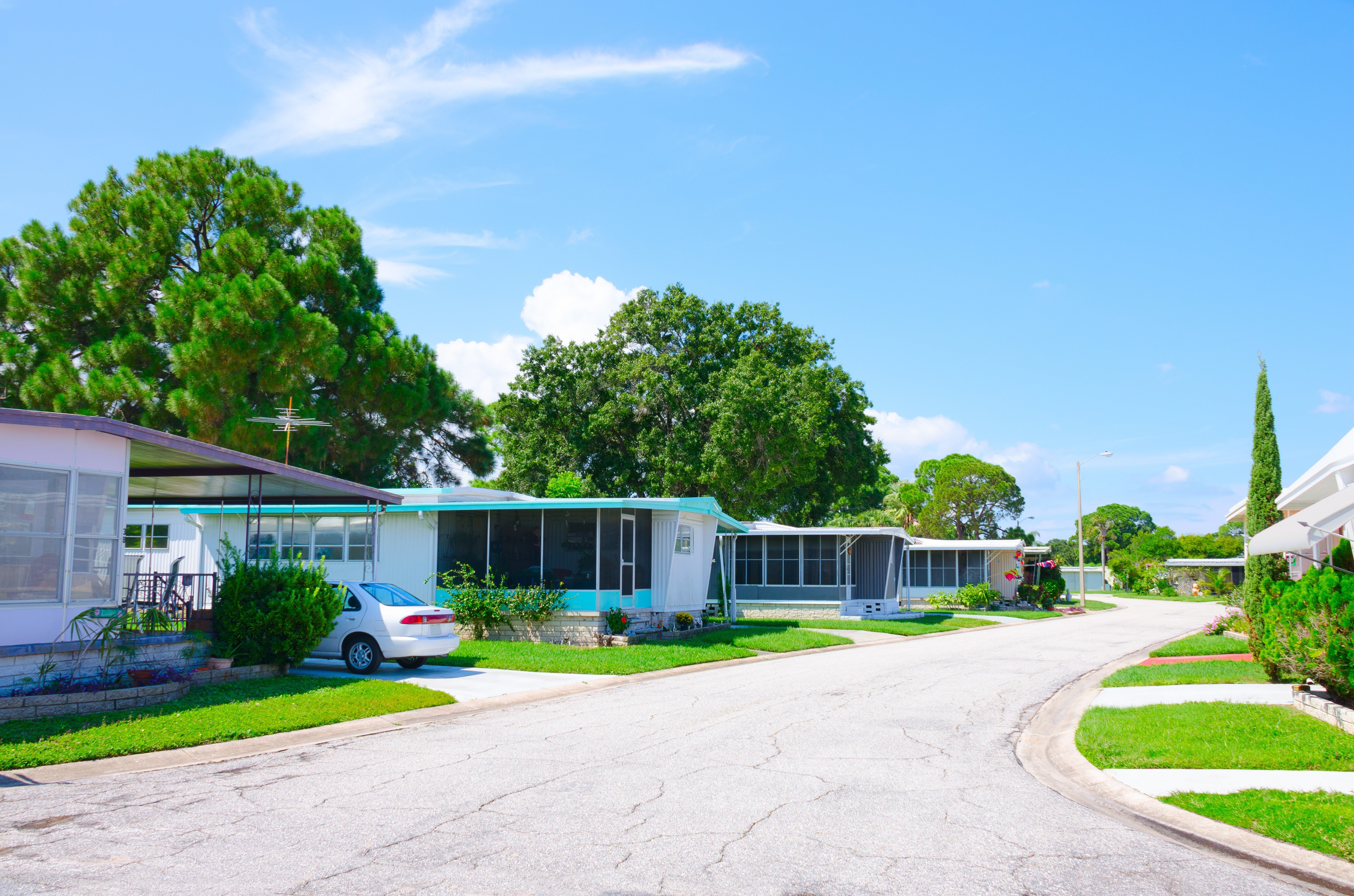 There are plenty of well maintained mobile home communities in the San Antonio area.