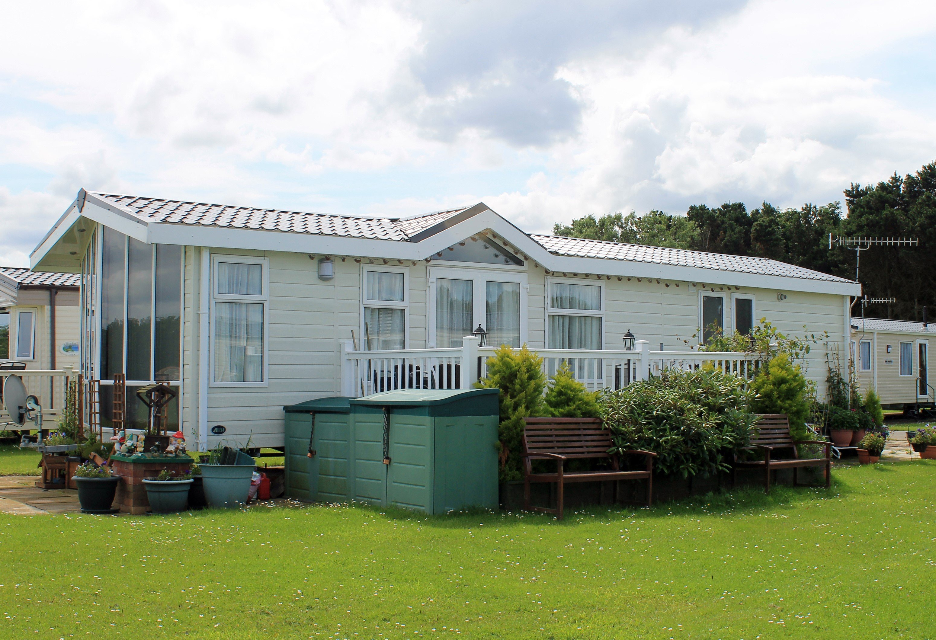There are many manufactured home communities around Texas. These mobile home parks offer low maintenance housing.