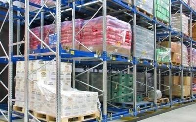 sistema stoccaggio merci push back verona