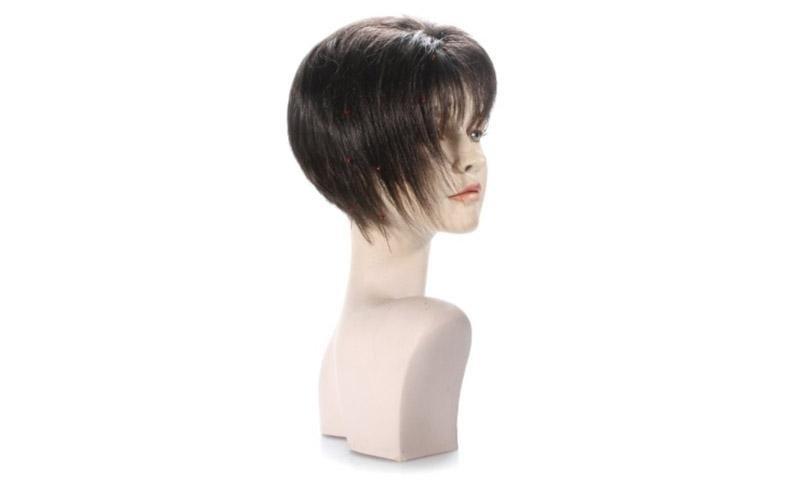 Parrucca taglio corto donna