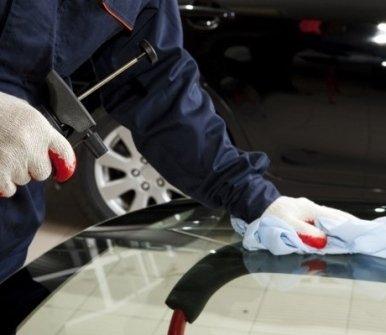 riparazione di vetri auto, sostituzione cristalli, sostituzione di vetri