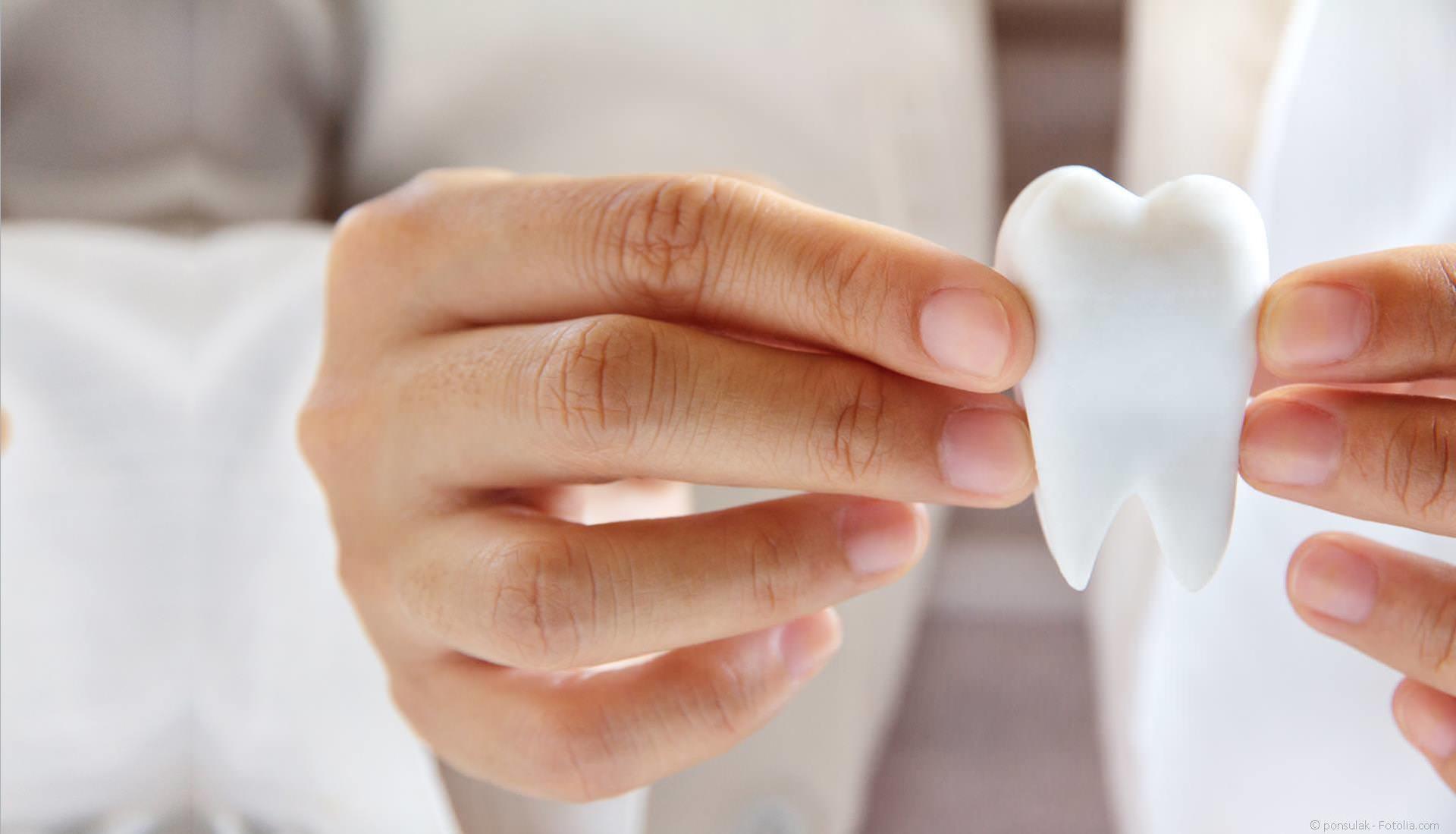 Wurzelbehandlung: Eigene Zähne erhalten und Geld sparen