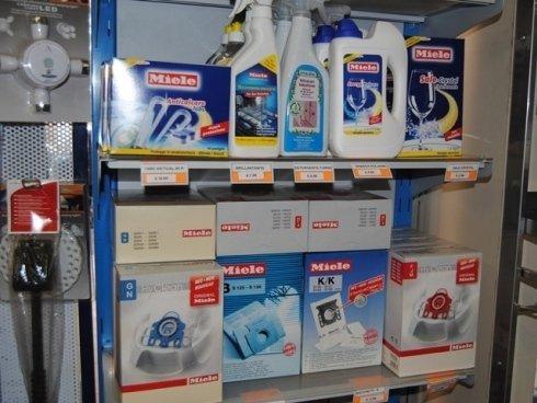 Da Catel troverai prodotti professionali per la pulizia e la cura degli elettrodomestici.