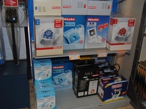 Vuoi donare nuova vita alla tua lavastoviglie migliorandone le prestazioni? Utilizza i ricambi originali venduti da Catel.