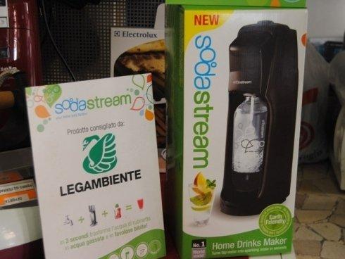 Crea le tue bevande gassate preferite in casa con i gasatori Sodastream.