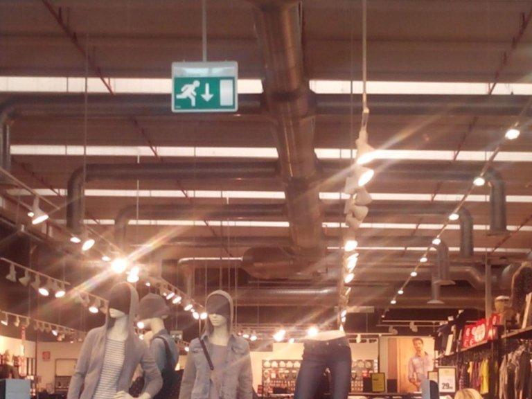 illuminazione negozi