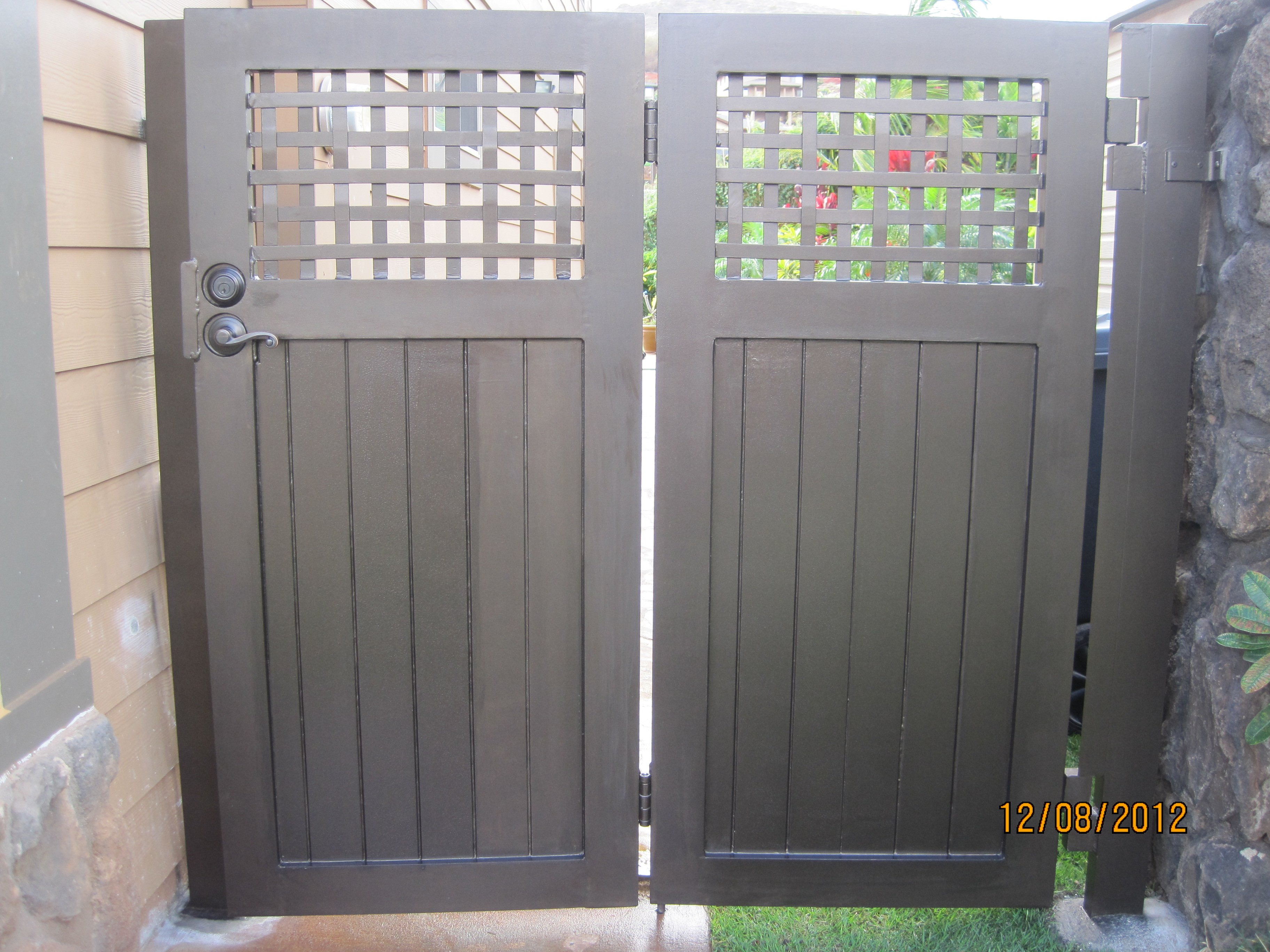 Custom gate and fencing for a residential property in Makakilo, HI