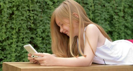 a girl playing games