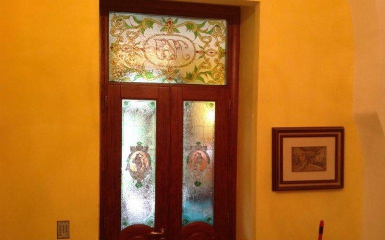 vetro decorato per porta
