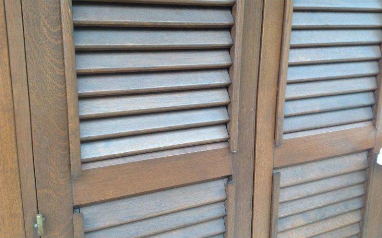 persiana orientabile legno