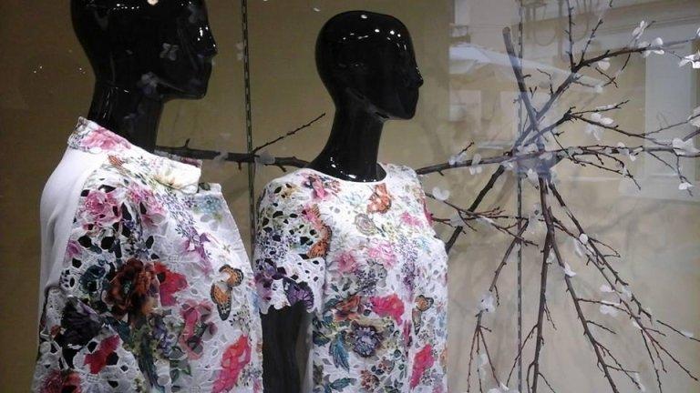 abbigliamento da donna estivo