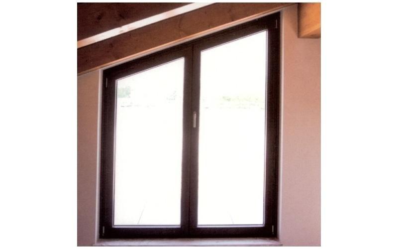 finestra legno su misura