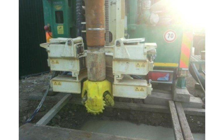 perforatrice pesante al lavoro presso impianto biomassa Dafroso