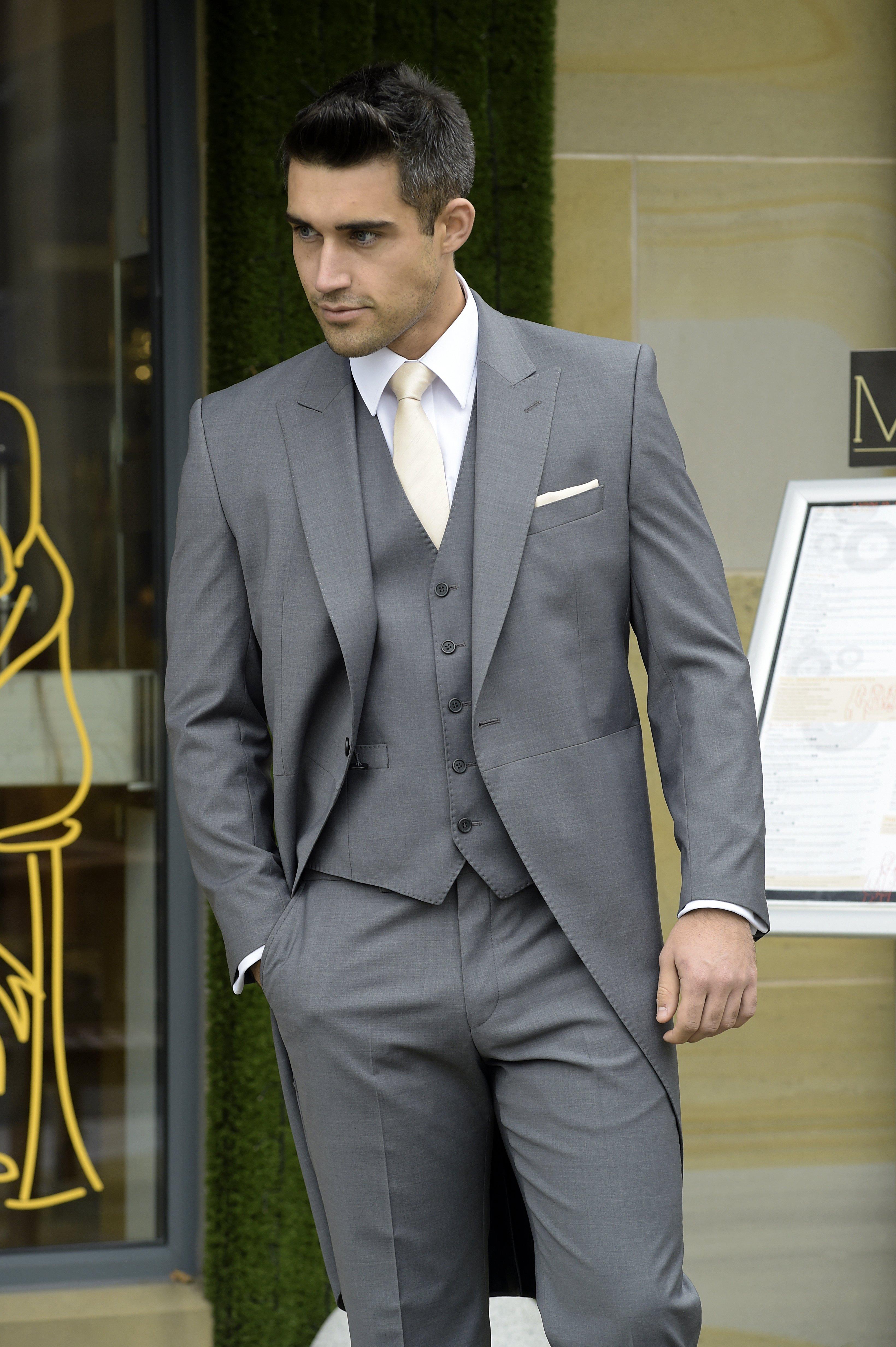 groom mens wear hire
