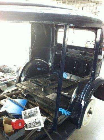 auto d'epoca, restauro auto d'epoca, ripristino tappezzeria auto d'epoca