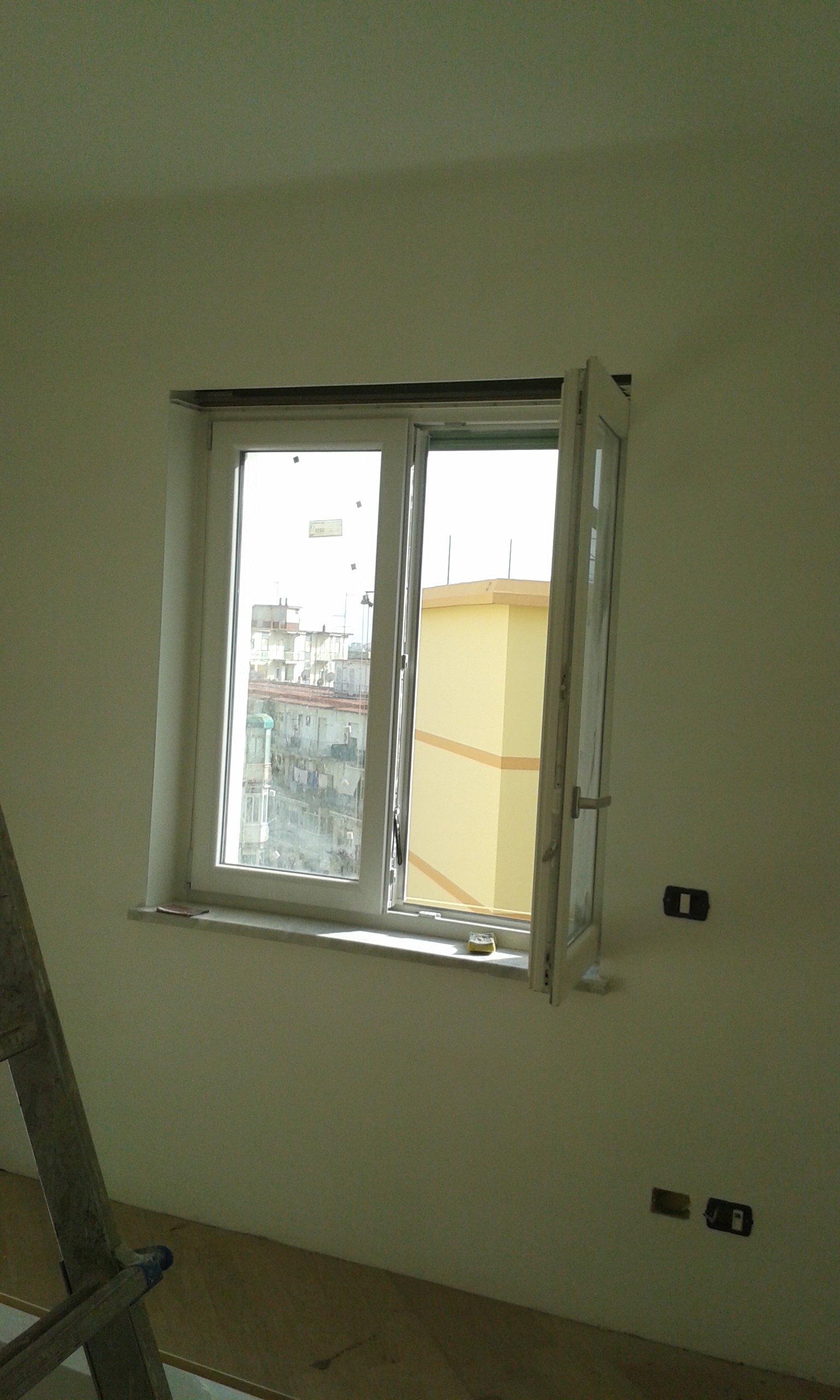 parete con finestra