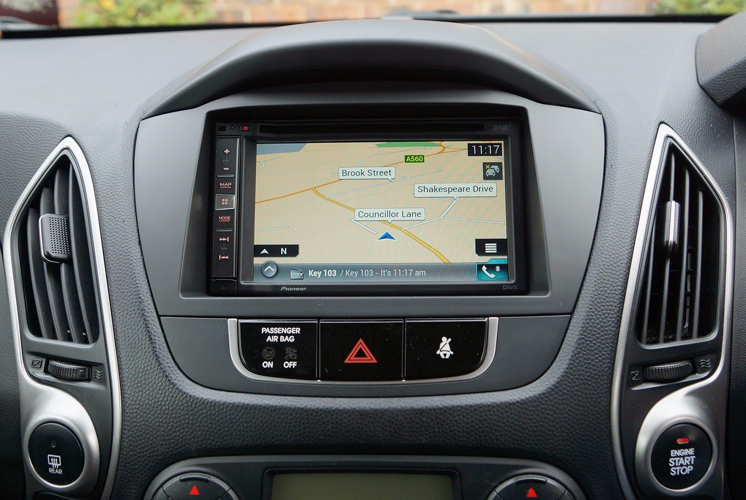 hyundai fitted with pioneer avic f980dab. Black Bedroom Furniture Sets. Home Design Ideas
