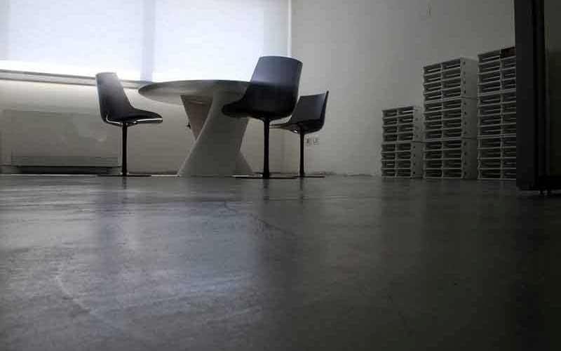 tavolino con sedie