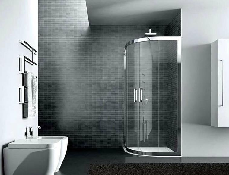 box doccia con bide in un bagno moderno