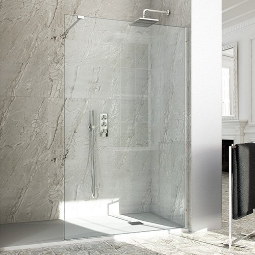 vista di parete doccia a muro aperta con arredo bagno