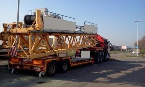 camion trasporto gru