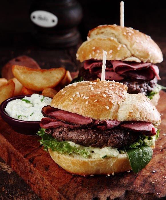 beef steak seasoned with veggies